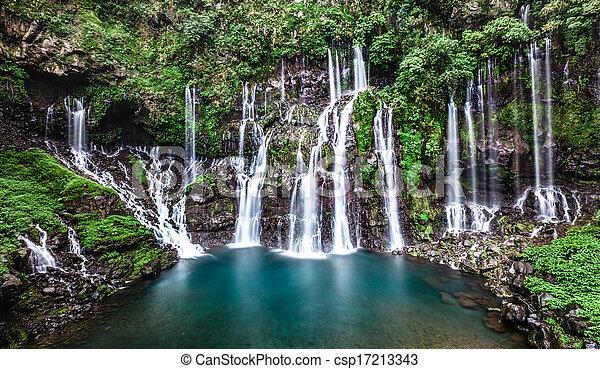 滝, r?union, langevin, island. - csp17213343