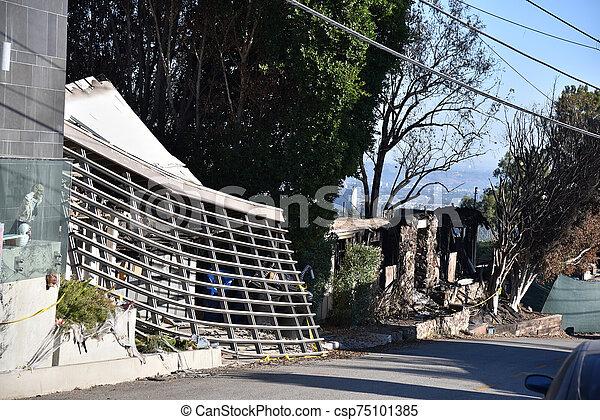 火, getty, 破壊された, 家 - csp75101385