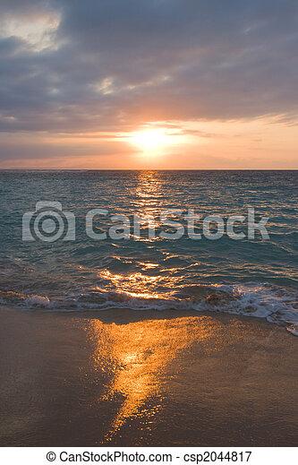 熱帯 浜, 冷静, 日の出, 海洋 - csp2044817