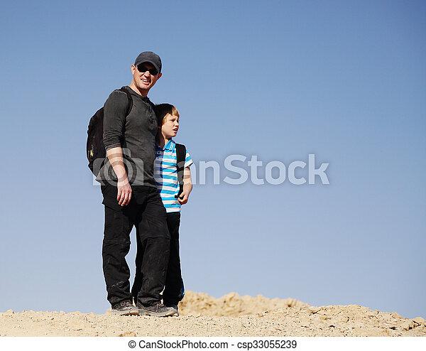 父, 息子 - csp33055239