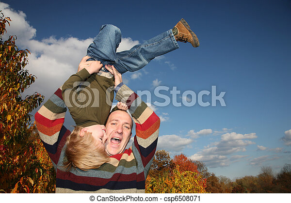 父, 息子, 下方に, 上側, 持ち上がること, 幸せ - csp6508071