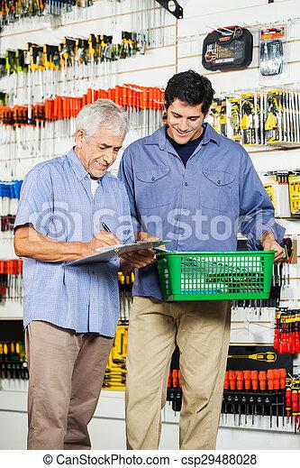 父, 息子, 工具店, 道具, 購入 - csp29488028
