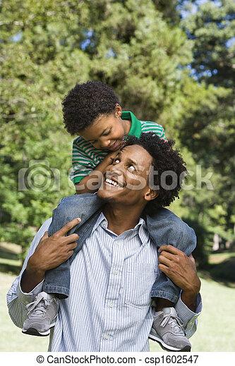 父, son. - csp1602547
