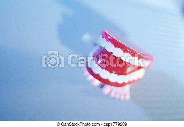 牙齒 - csp1779209