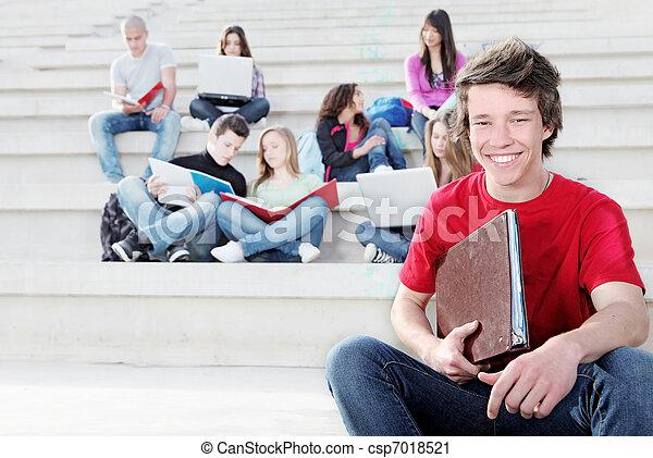 生徒, 多様, グループ, 仕事, 屋外で - csp7018521