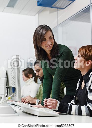生徒, 大学, 教師 - csp5233807