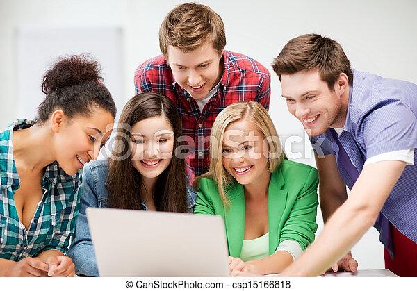 生徒, 見る, 学校, ラップトップ, インターナショナル - csp15166818