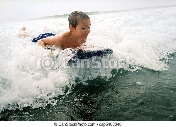 男の子, サーフィン - csp5403040