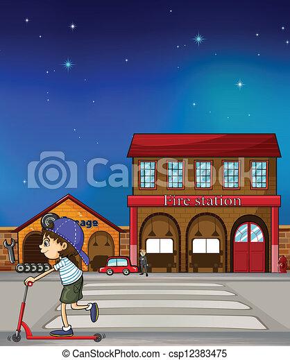 男の子, スクーター, 通り, 乗馬 - csp12383475