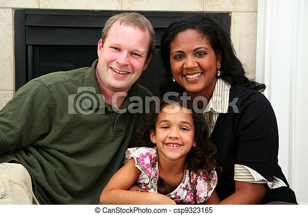 異人種間の家族 - csp9323165
