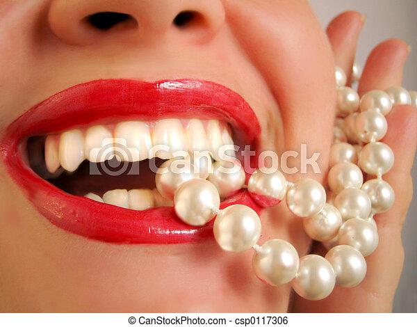 白, 真珠のよう - csp0117306
