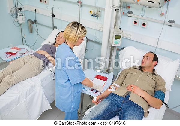 看, transfused, 護士, 以後, 病人 - csp10497616