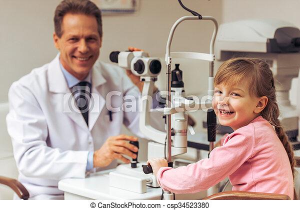 眼科医 - csp34523380