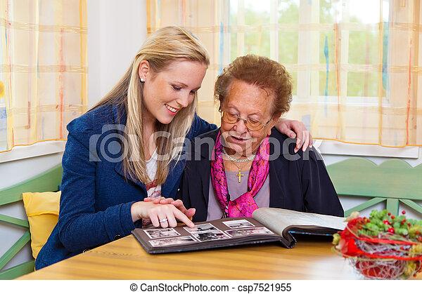祖母, 孫, 訪問 - csp7521955