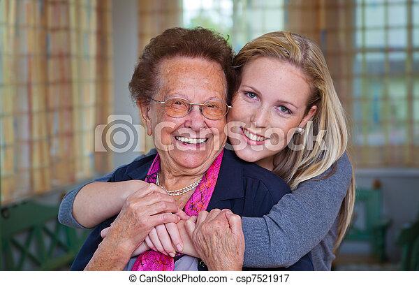 祖母, 孫, 訪問 - csp7521917