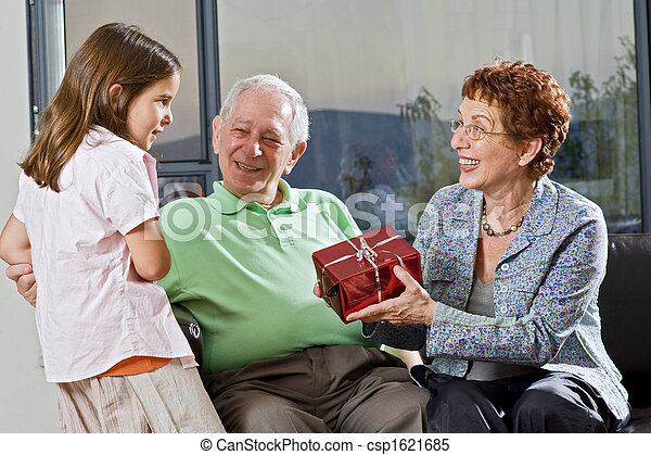 祖父母, 贈り物, 孫 - csp1621685