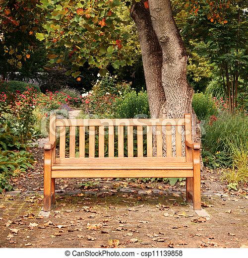 秋季, 公园长凳 - csp11139858