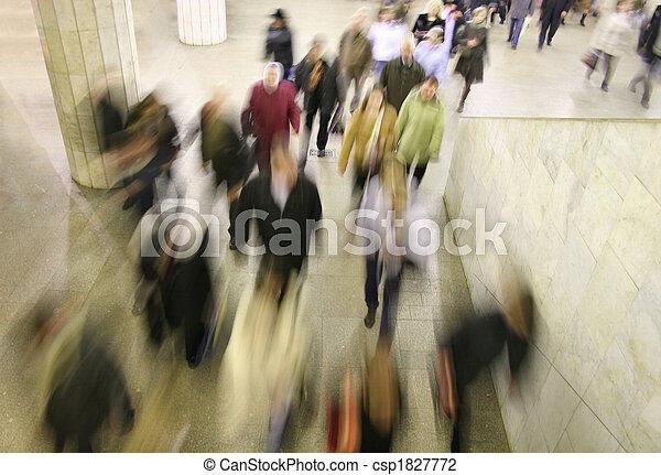移動, 人群 - csp1827772