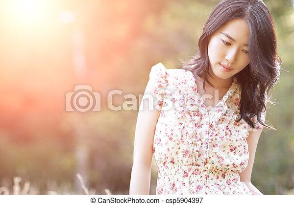 美しい女性, アジア人 - csp5904397