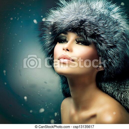 美しい女性, 毛皮, 冬, portrait., 女の子, 帽子, クリスマス - csp13135617