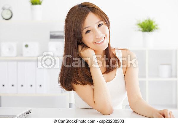 美しい女性, 若い, アジア人 - csp23238303