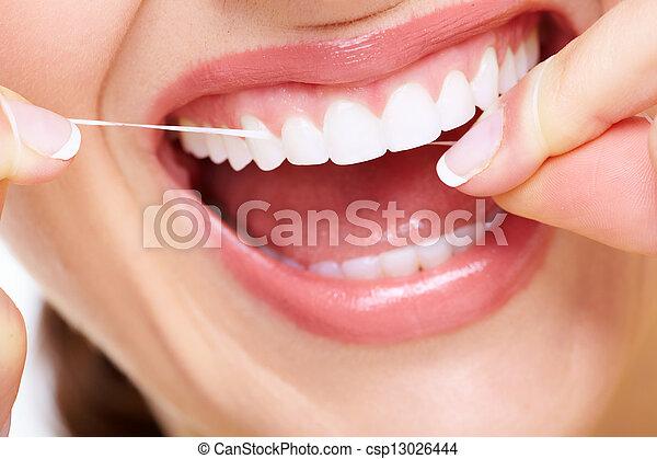 美しい女性, smile. - csp13026444