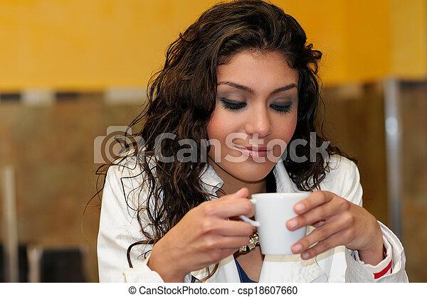 美しい, 優雅である, コーヒー, 女, カップ - csp18607660