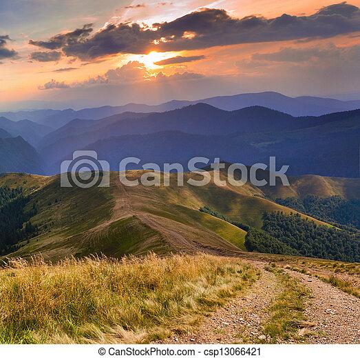 美しい, 夏, 道, 風景, 山 - csp13066421
