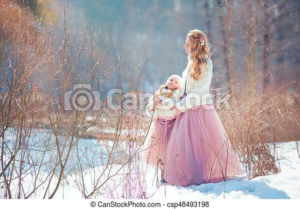 美しい, 春, 娘, 公園, 母 - csp48493198