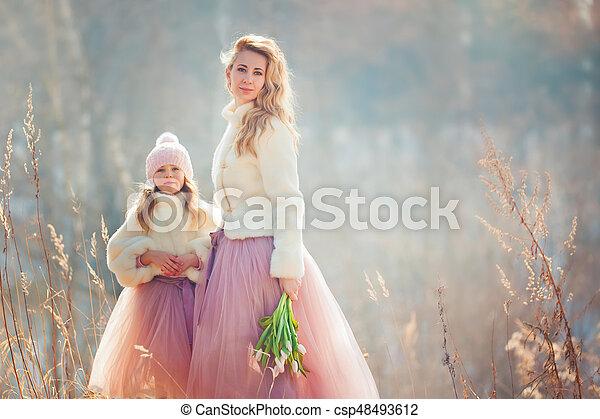美しい, 春, 娘, 公園, 母 - csp48493612