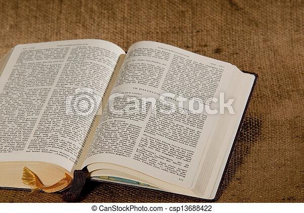 聖書, 神聖 - csp13688422