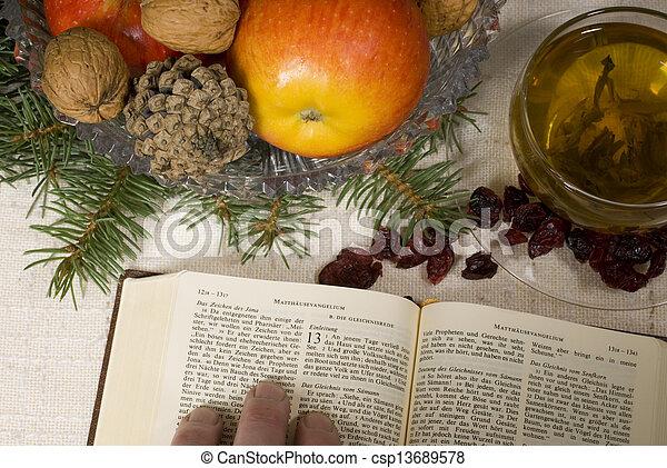 聖書, 神聖 - csp13689578