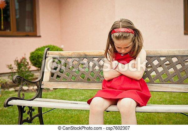 肖像画, 子供, おこらせている - csp7602307