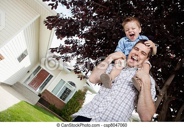 肩, よちよち歩きの子, 父, 息子 - csp8047060