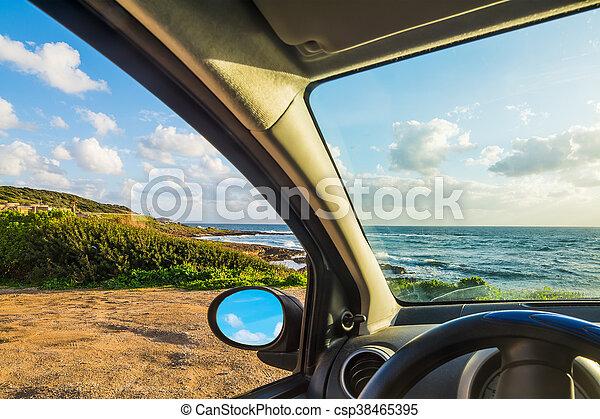 自動車, 駐車される, 海 - csp38465395