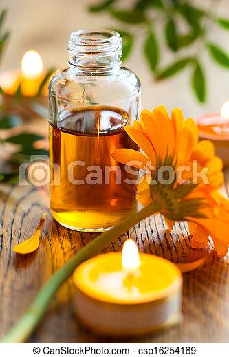 花, エッセンシャルオイル, 蝋燭 - csp16254189