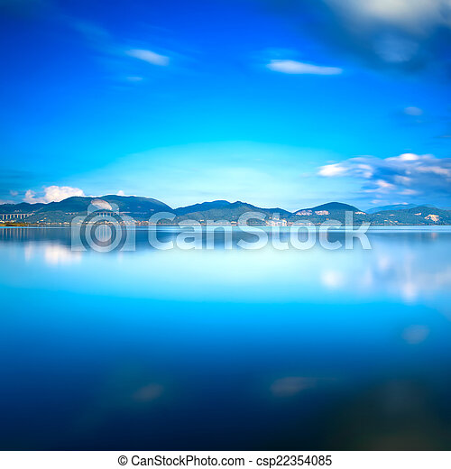 蓝色, 反映, 天空, tuscany, 湖, versilia, 日落, water. - csp22354085