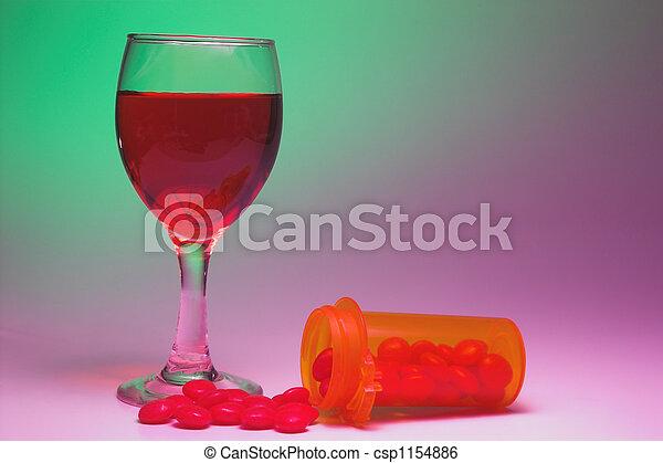 薬, アルコール - csp1154886
