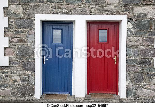藍色的門, 紅色 - csp32154667