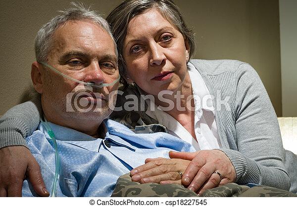 藏品, 她, 妻子, 急切, 有病, 年長者, 丈夫 - csp18227545