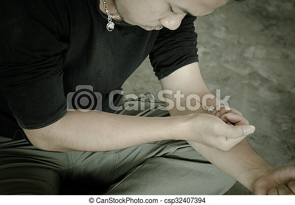 行動, 注射器, 迷戀者, 藥物, 人 - csp32407394