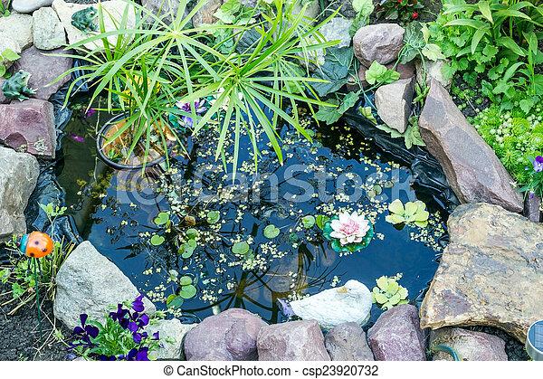 装飾用庭, 池 - csp23920732