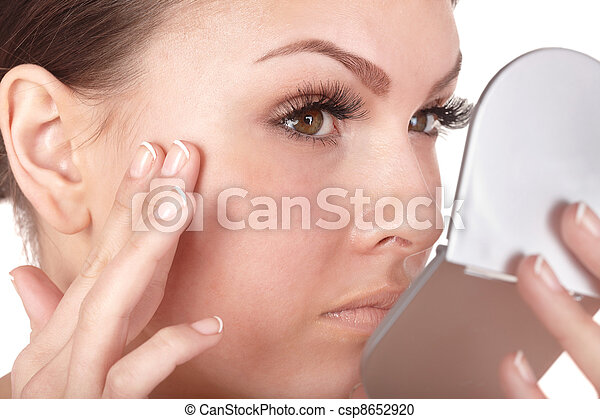 見る, 終わり, 鏡。, 女, の上 - csp8652920
