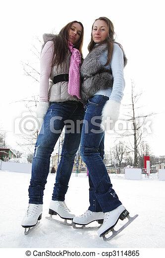 角度, 冰, 低, 溜冰场, 察看, 妇女 - csp3114865