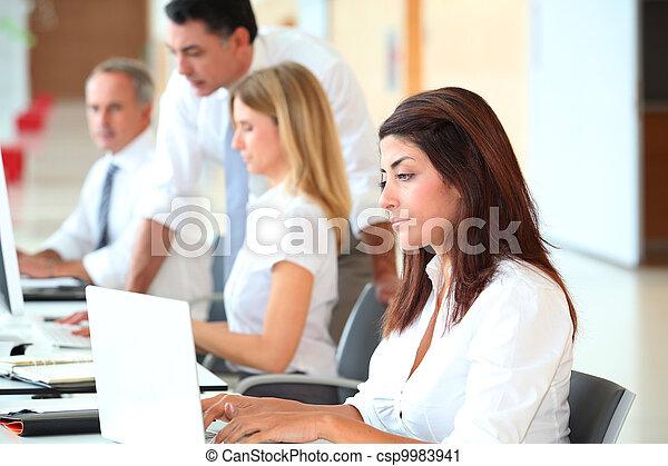 訓練, 現代, 辦公室, 事務 - csp9983941