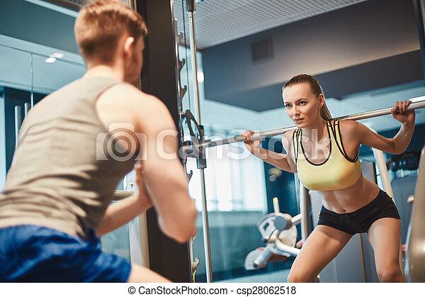 訓練, weightlift - csp28062518