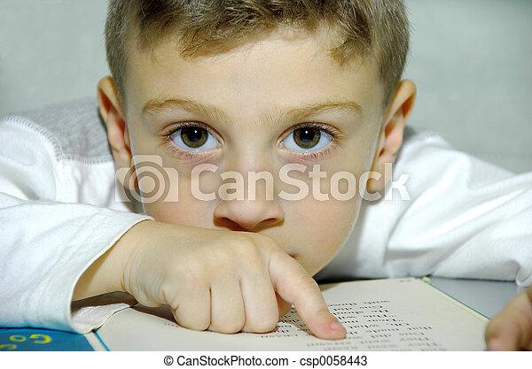 読書, 子供 - csp0058443