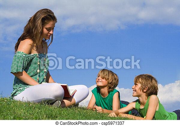 読書, 子供, 母 - csp5971337