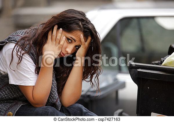 貧しい, 女の子, 若い - csp7427163