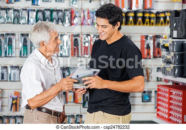 購入, 父, ドリル, 店, 息子 - csp24782232